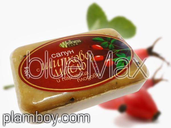Сапун с шипково масло и парченца плодове - Тобекс